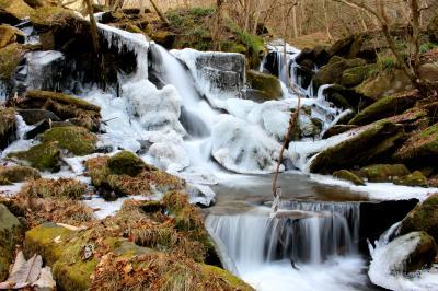 ◆みちのく最南端・氷結の滝川渓谷 ②
