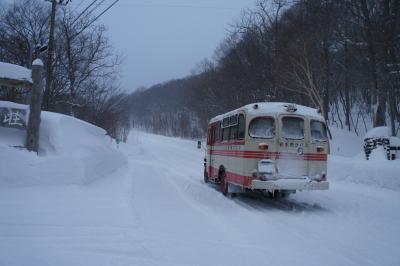 岩手県の名湯だな松川温泉、1968年生れ四駆ボンネットバスでGO GO !松川へ