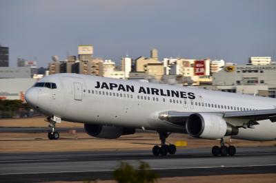 JAL国内線ファーストクラスで飛ぶ大阪→東京
