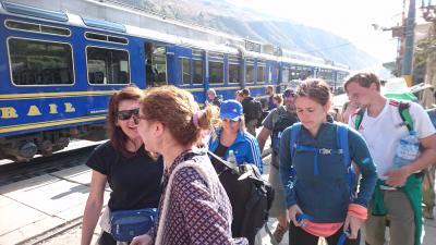 ペルーアンデス紀行8 ペルー農業を知るバス移動&オジャンタイタンボから高原列車に乗ってマチュピチュへ。