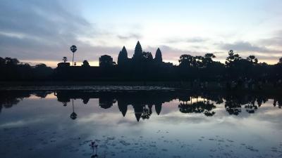 カンボジア シェムリアップ&タイ バンコク (6)言葉を失うアンコール・ワットの朝日