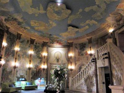 《リアル ティファニーで朝食を》思惑は瞬殺の初ニューヨーク 宿泊は【The Pierre, A Taj Hotel, New York】 ニューヨーク&バハマ4