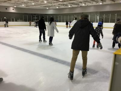 大阪 多国籍グルメ④ 猫カフェ&難波でトルコ料理&次女が初めてのアイススケート♪