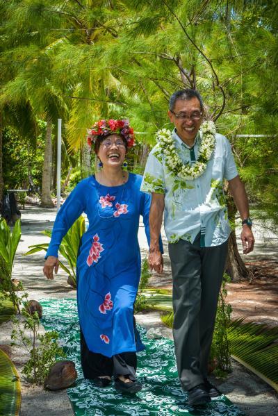 ポールゴーギャン号によるタヒチクルーズ、Renewal of vows 、タハア島モトゥ・マハナにて結婚の誓約の更新