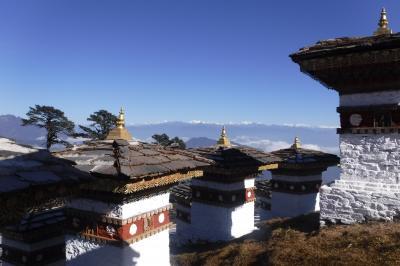 昔の日本の原風景が感じられる、幸せの国ブータン。8000mのヒマラヤ山脈の眺望は感動もの。さらに、子宝希望者は是非行ってみる価値あり!