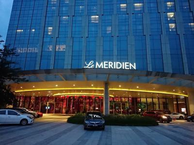 メリディアン・プトラジャヤホテルに泊まる