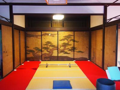 京都の底冷え体験ツアー 霊雲院、桂春院、二条陣屋と伏見桃山城を巡る旅 後篇