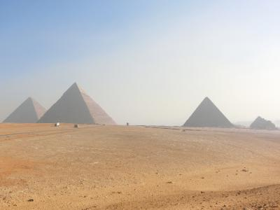 ベストシーズン・冬のエジプト8日間の旅 ③ ギザ~ダハシュール~メンフィス~サッカラ~ギザ