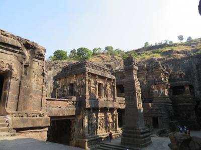 初インドを一ヶ月縦断で一人旅してみた 18日目 エローラ遺跡にも行ってみた