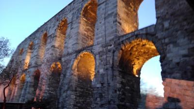 イスタンブール観光 水道橋とガラタ橋