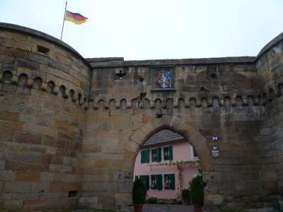 2010年ドイツの秋:②ドイツワイン街道を南に走り出す。