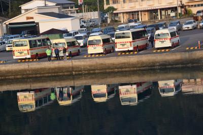 ! 驚きの路線バスが新聞配達と観光案内(加計呂麻島)