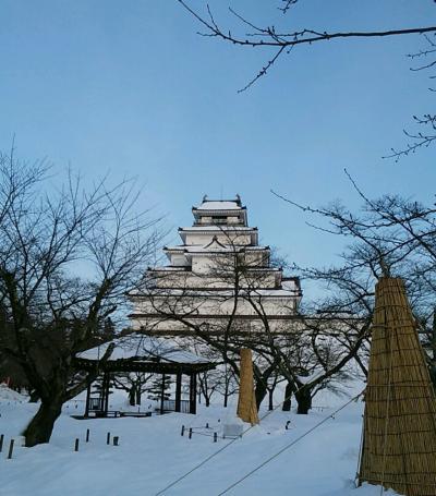 会津 雪の鶴ヶ城 喜多方ラーメン 本当の目的は馬刺し?