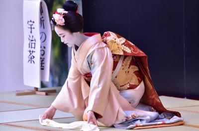 岐阜タカシマヤ 第3回 大京都展(京舞披露・宮川町舞妓ふく珠さん)