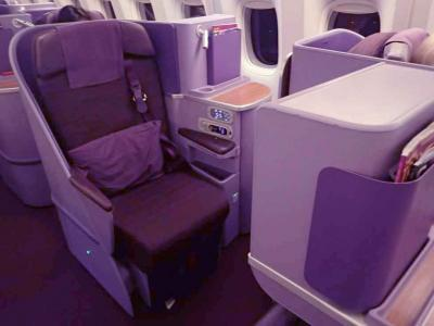 シミランダイビング8☆タイ航空・ANA プーケット~バンコク~成田 ビジネスクラス搭乗記・ロイヤルシルクラウンジ(BKK)