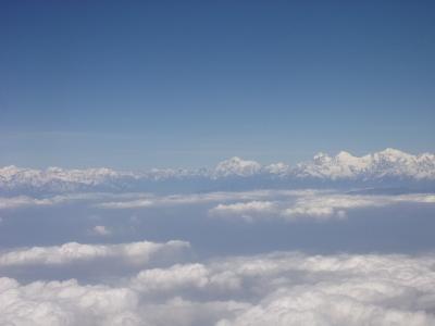 「思い」を届けにヒマラヤの聖地へ ~ヒマラヤのふもとにあるネパールへの1泊4日の旅~ その1 旅の序章はANAスイートラウンジで(^_-)-☆ANAビジネスクラスとマレーシア航空ビジネスクラスに乗ってカトマンズへ