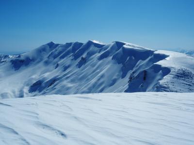 守門大岳 / 東洋一の雪庇を拝む