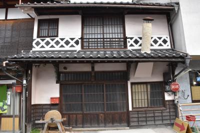 中国勝山の古い町並みと暖簾街道(岡山)