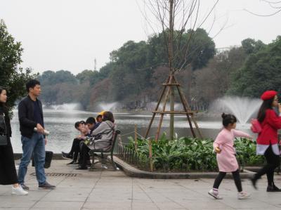 ベトナム縦断の旅 ④ハノイの旧市街など散策
