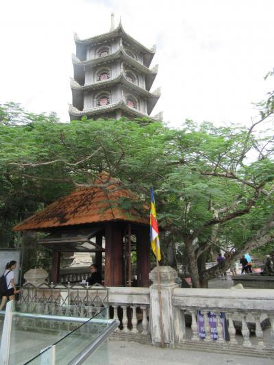 ベトナム縦断の旅 ⑤ダナンからベトナム仏教の聖地五行山へ