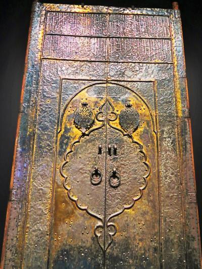 東博-12  アラビアの道=第4章 巡礼の道=C神殿の扉 ☆二聖モスク/コーランは至宝