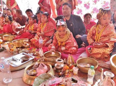 のんびりネパール 1人旅 10.旅の最後はカトマンズ、神様との結婚の儀式に出会う