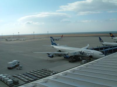 こんな時代もあったんだ!中部国際空港にフィンエアーの旧塗装のA330