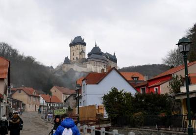 カールシュタイン城とストラホフ修道院(2018年2月チェコ旅行②)