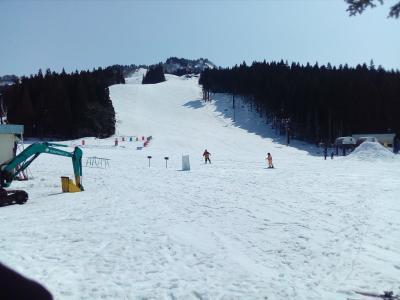 湯沢パークで春スキー
