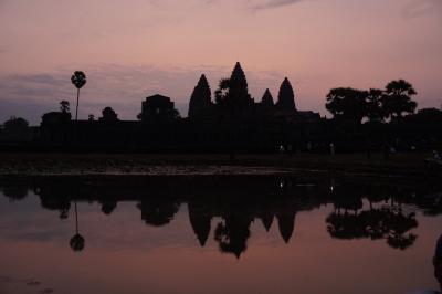 子育てひと段落 魅惑のカンボジア ①朝焼けのアンコールワット