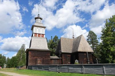 フィンランドの木造教会へ