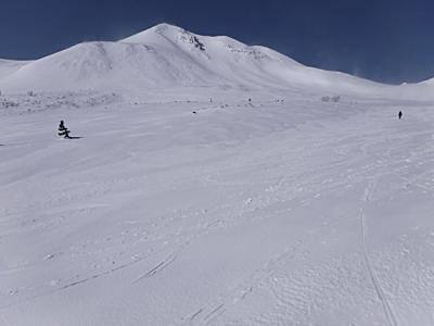 乗鞍岳 積雪期の3,000m峰の世界は真っ白だった