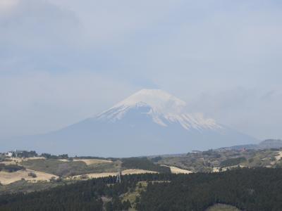 6人会、熱海で集合。初島、箱根、湯河原、真鶴を観光する。