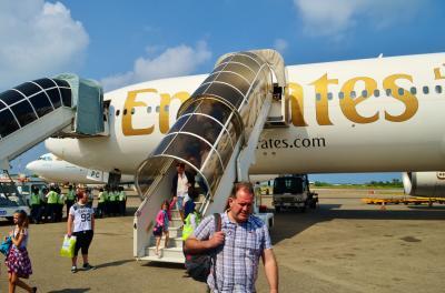 モルディビアンハネムーン Part 3 - エミレーツ航空エコノミークラス ドバイ → マーレ