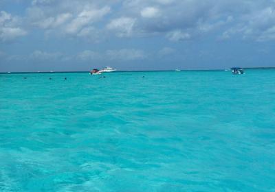 青い海、これぞカリブ海。
