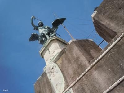 天使に守られた街ローマ 201603南イタリア39
