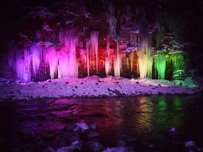 秩父にお出かけ、夜はまたまた行ってみた三十槌の氷柱