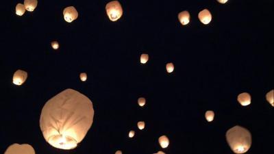 雪国の夜空に舞う祈りの灯り In 新潟津南町 ~スカイランタンに願いを込めて ~