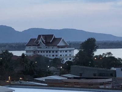 2018年ベトナムラオスタイ研修旅行9(パクセーの夕暮れから見えるメコン川)