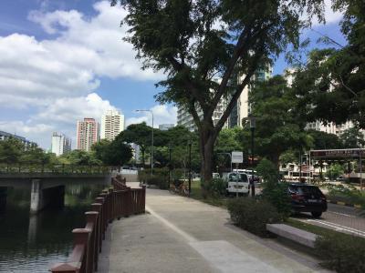 Walking in Singapore