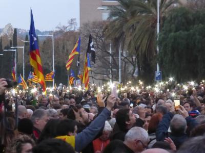 バルセロナ、3月25日、大規模デモ