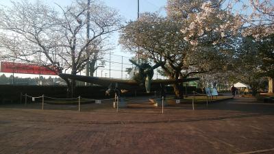 知覧特攻平和記念館と知覧武家屋敷群をまだ朝が早いので外から見てみます