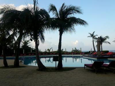 50おばさんと70ばーさんの母娘旅、沖縄2泊3日 ~ホテル日航アリビラ~