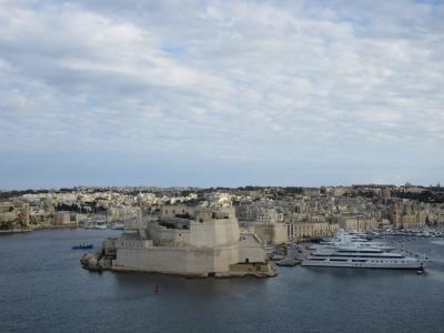 海と猫と騎士団と!オフシーズンに楽しむマルタ共和国1【首都ヴァレッタ観光】