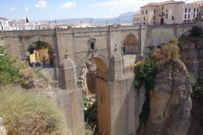 スペイン旅行⑤(断崖絶壁に囲まれた街:ロンダ)