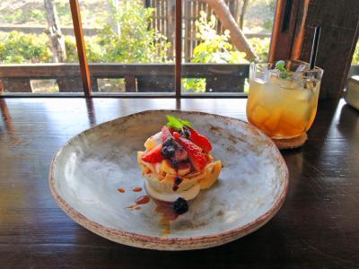河津桜をもとめ 【3】おしゃれなカフェ、パン屋めぐり&おいしいランチ