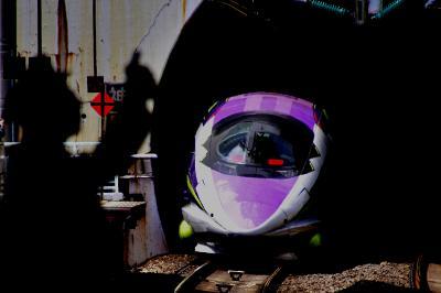 運行終了間近な「500 TYPE EVA」エヴァンゲリオン新幹線を追いかけて神戸に訪れてみた(そして神戸グルメ旅)
