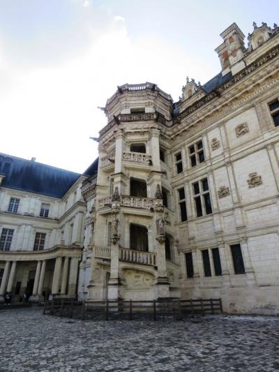 ブロワ_Blois 数百年にわたる栄華の痕跡!7人の中世フランス王が暮らした城