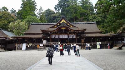大和路4ッの枝垂れ桜巡りツアー(02) 大神神社参拝と枝垂れ桜 上巻。