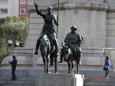 スペインの春って服装は?(1)マドリード、トレド、コルドバ